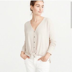 Abercrombie and Fitch tie top in cream size XS